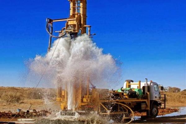 تعیین محل چاه آب